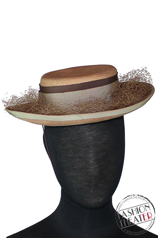 Cappellino in paglia