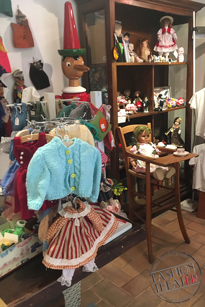 museo bambole interno